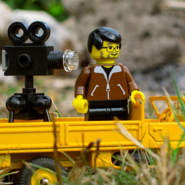 lego-filming-camera-Red-Platypus