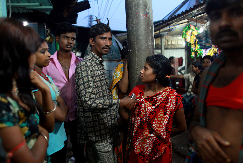 Как красивые девушки попадают в проституцию фото 55-792