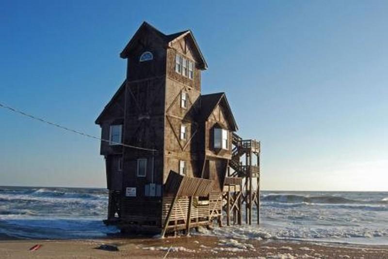 Где купить домик на берегу моря