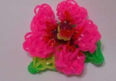 Как сплести из резинок цветок