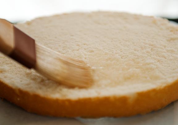 Фото рецепт как украсить торт из готовы коржей