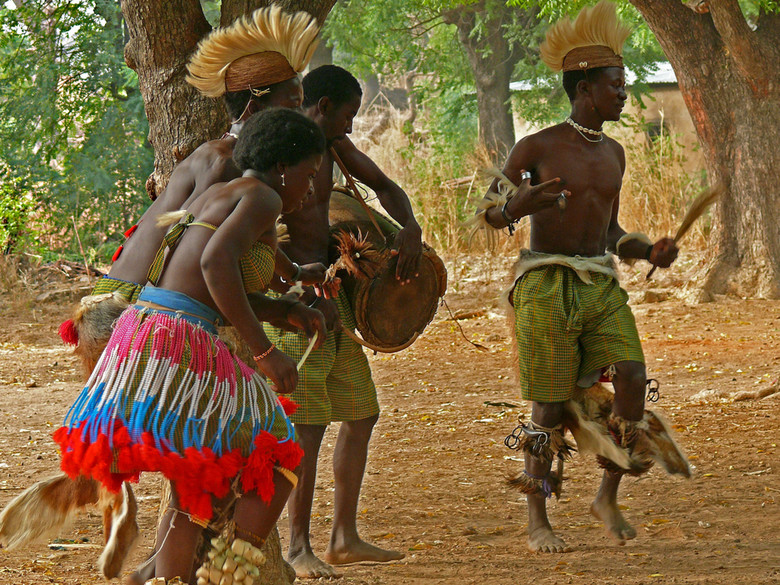 the history of the african dance The history and evolution of african-american music is as rich and complex as the history of african americans themselves the essence of african-american music lies in its expression of the human experience.