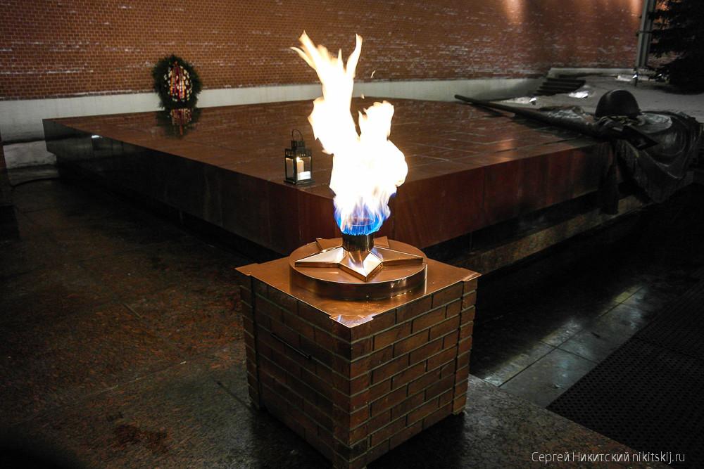 original Почему вечный огонь не гаснет