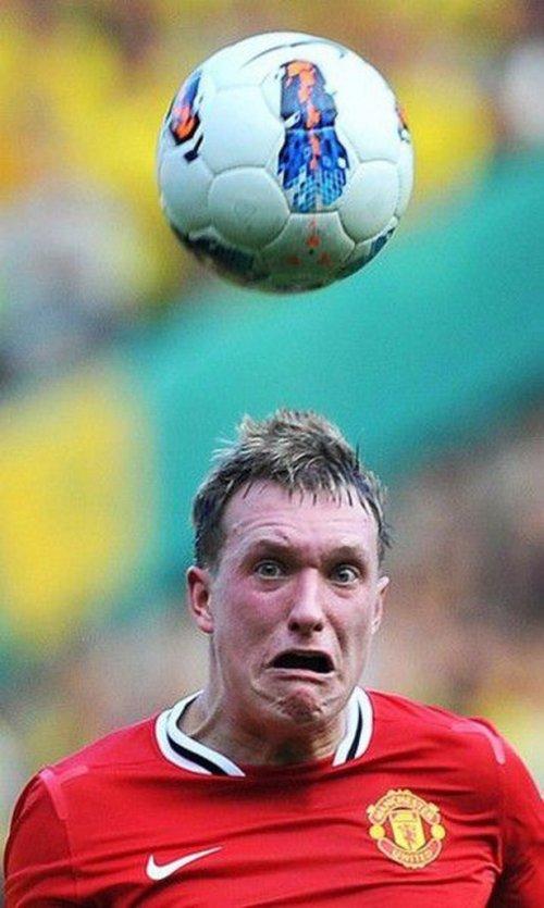 Скучаю, футболист картинка смешная