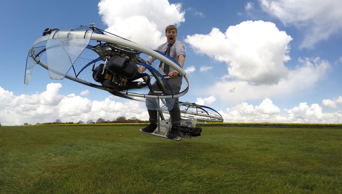 укажете изобретатель из британии построил летающий байк введения