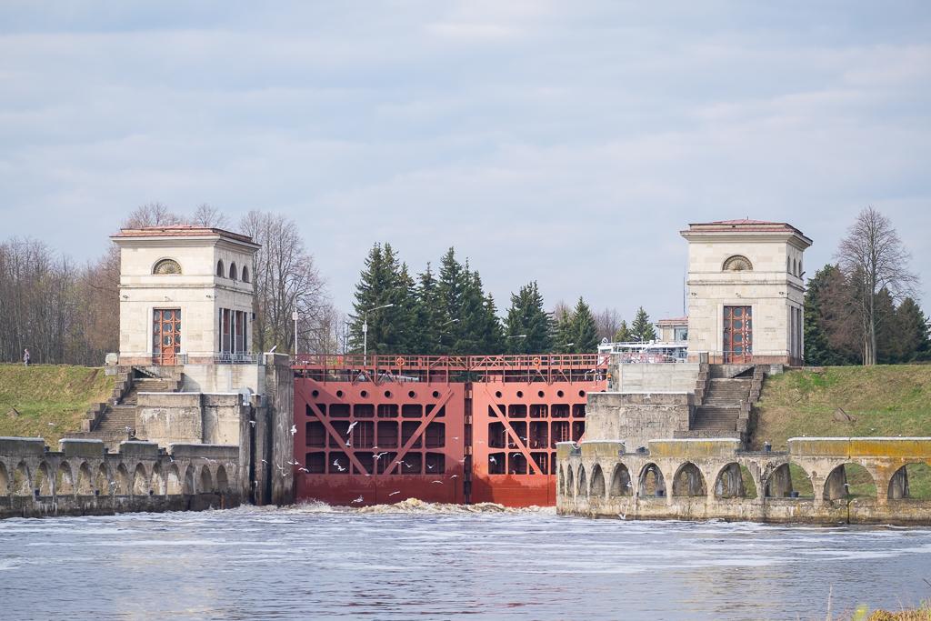 Фасады шлюза №1 Иваньковского гидроузла в Дубне после ремонта будут подсвечиваться по вечерам